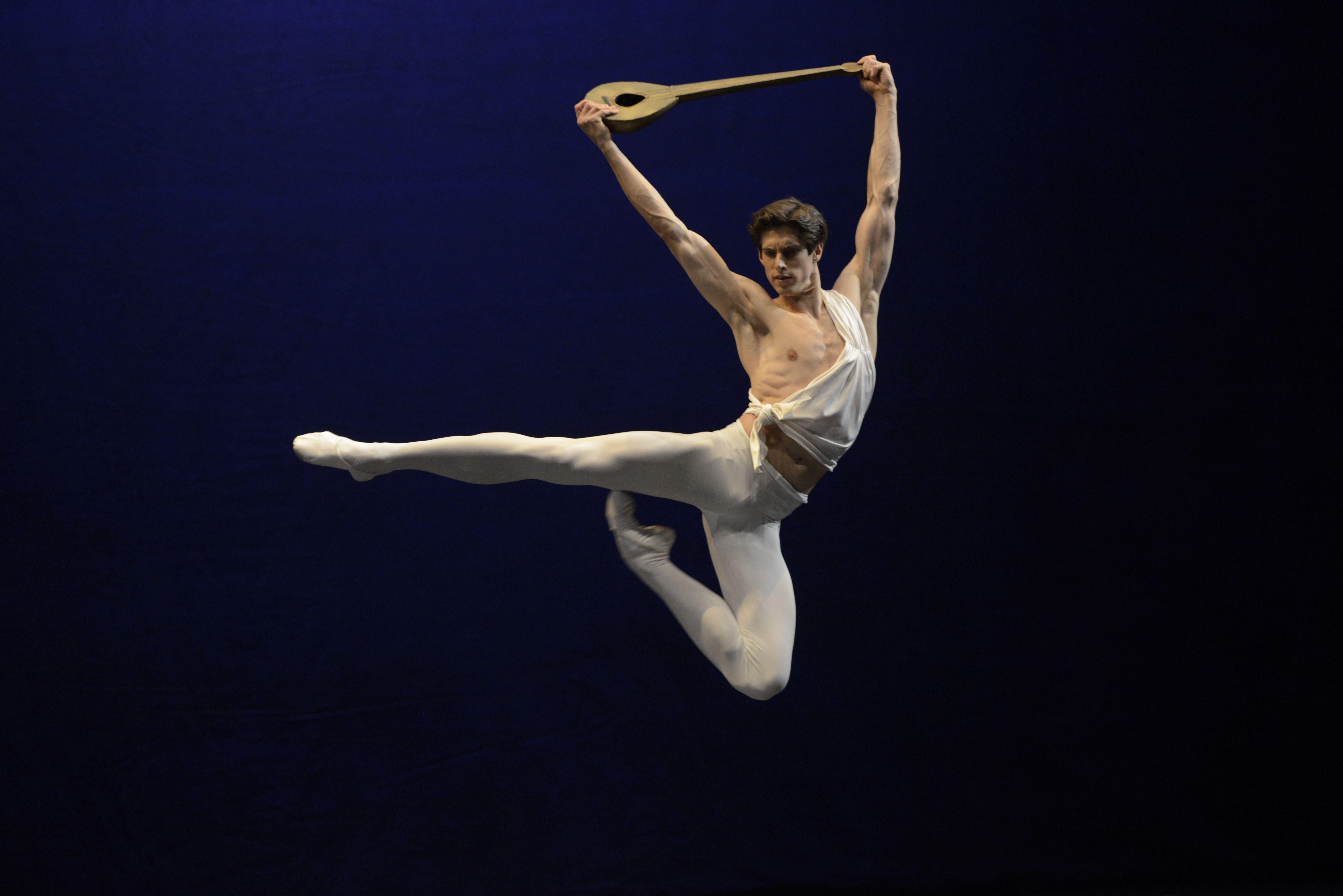 Ксандер Париш в балете «Аполлон»